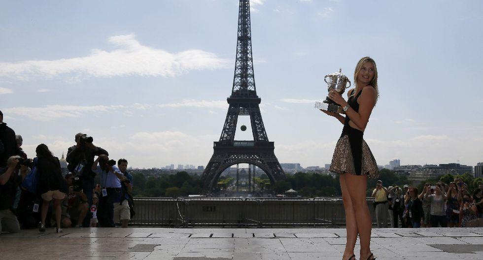 María Sharapova celebra su triunfo en la Torre Eiffel  - 4