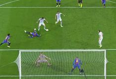 Dejó tirado a Piqué y remató: doblete de Lewandowski para el 3-0 ante Barcelona | VIDEO