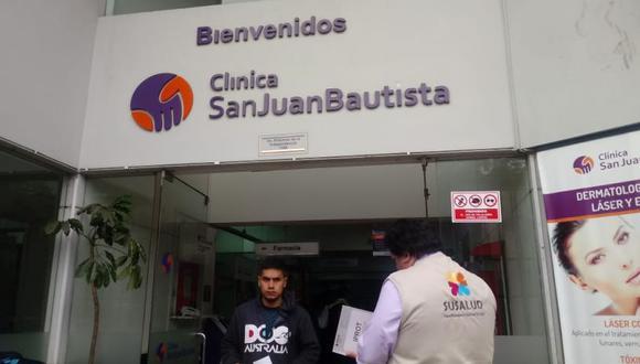 Personal de Susalud llegó hasta la clínica San Gabriel para recoger la versión de los médicos. (Difusión)