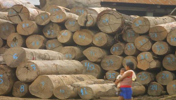Durante el año 2015, instituciones del sector forestal lograron a través del Operativo Amazonas incautar grandes volúmenes de madera ilegal, en por lo menos tres cargamentos de exportación desde el Perú con destino a Es