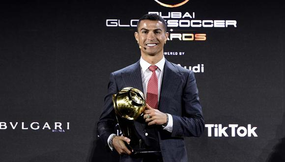 Cristiano Ronaldo publicó un mensaje en redes sociales tras ser reconocido como el mejor jugador del siglo. (Foto: Reuters)