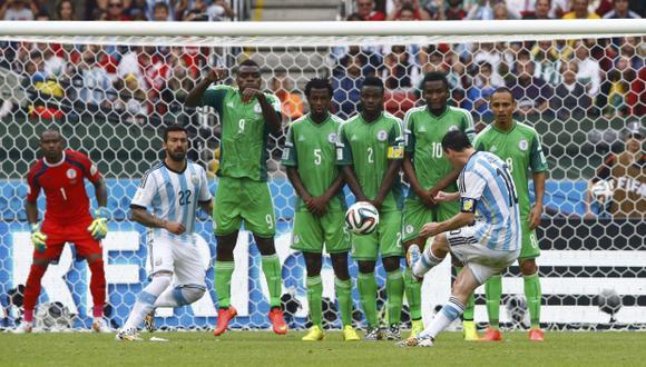 ¿Qué fenómenos físicos intervienen en el fútbol?