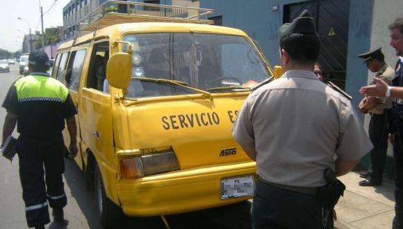 Desde abril multarán a movilidades escolares sin registro