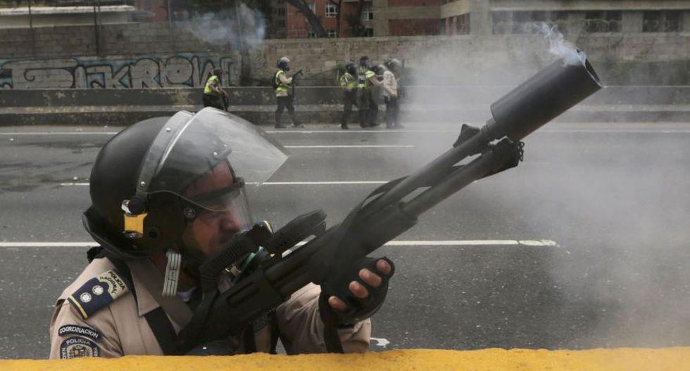 Venezuela: Duros enfrentamientos en calles de Caracas [FOTOS] - 34