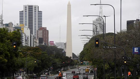 """Conozca aquí a cuánto se cotizan el dólar mayorista y el """"dólar blue"""" en Argentina. (Foto: AFP)"""