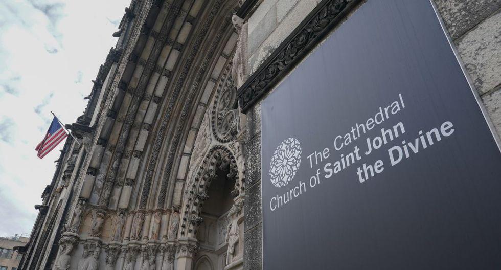La catedral de San Juan el Divino, en Manhattan, albergará nueve carpas médicas a temperatura controlada en su larga nave y su cripta subterránea, dijo el rector de la catedral, Clifton Daniel. (Foto: AFP/Bryan R. Smith)