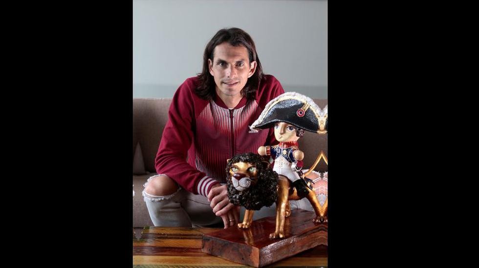 Zlatan, el librero. Leer es la otra pasión del actual delantero de Deportivo Municipal.