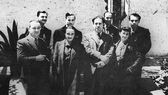 Camilo Blas en una foto en la que también aparecen José Sabogal, Julia Codesido y Enrique Camino Brent. (Foto: Archivo El Comercio)