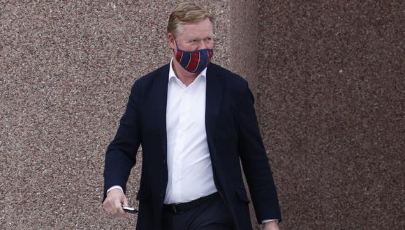 Ronald Koeman alegre tras confirmarse que seguirá en el Barcelona | Foto: REUTERS