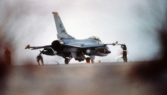 Un día como hoy, pero en 1990, Irak invadió el emirato de Kuwait en una operación militar que dio lugar a la guerra del Golfo. Foto de la Operación de la Tormenta del Desierto. (Foto: US Air Force)