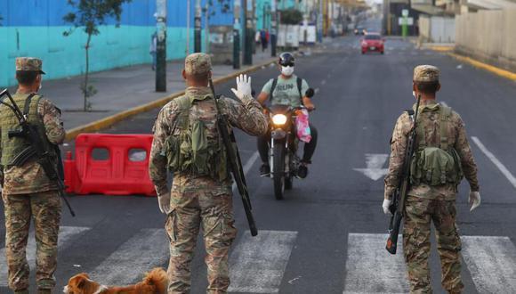 El ministro de Educación, Ricardo Cuenca, detalló que la medida restrictiva regirá en todo el país, tal como se hizo en el Día de la Madre. (Foto: El Comercio)