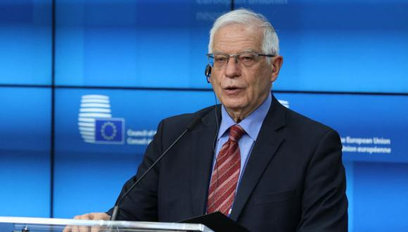 El jefe de política exterior de la Unión Europea, Josep Borrell, habla durante una conferencia de prensa después de una reunión de ministros de Relaciones Exteriores de la Unión Europea en Bruselas. (Foto: AFP / Aris OIkonomou).