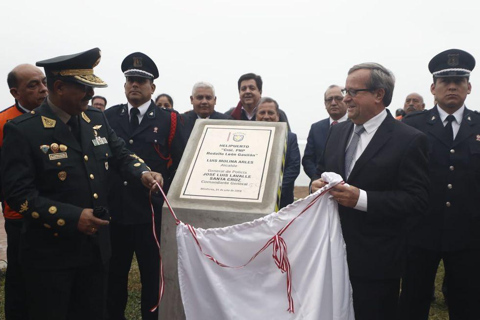 """Miraflores inaugura su primer helipuerto municipal """"Rodolfo León Gavilán"""" ubicado en la playa Tres Picos de la Costa Verde. (Foto: César Campos Medina)"""