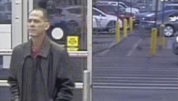 Scott Ostrem, de 47 años, señalado como el autor del tiroteo en un Walmart de Colorado. (AP).