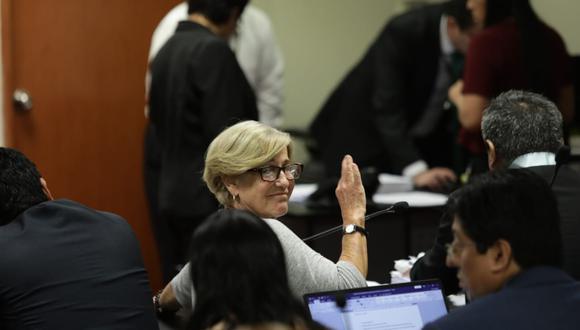El abogado de Susana Villarán, Iván Paredes, dijo que no tenían conocimiento del audio presentado por Gabriel Prado. (Foto: GEC / Video: Canal N)