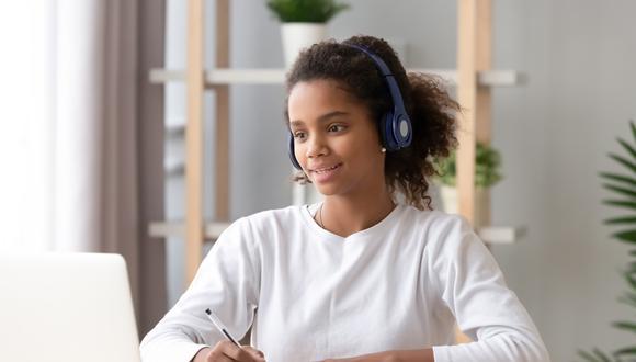 UCAL presenta Summer Camp, cursos y talleres para jóvenes de 14 y 17 años, sobre Arquitectura, Comunicaciones, Diseño, Marketing e Innovación y Liderazgo. (Foto: Shutterstock)