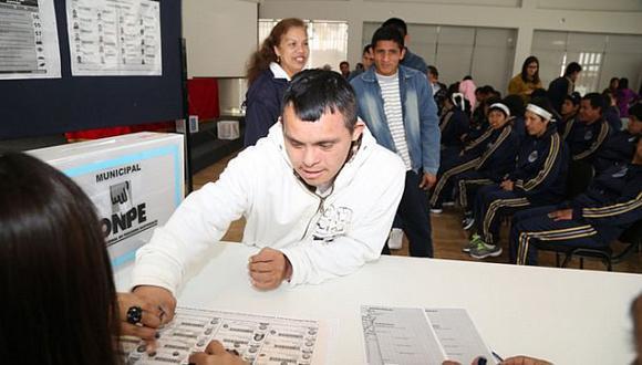 ONPE capacitó a personas con discapacidad para ejercer voto