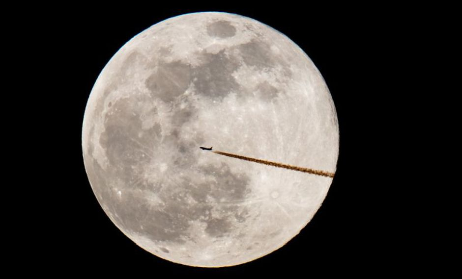 """La Luna no es el único cuerpo en el sistema solar que se achica con la edad. Según la NASA, Mercurio tiene """"enormes fallas"""" de hasta unos 1.000 kilómetros de largo y 3 kilómetros de altura más grandes. (Foto: AFP)"""