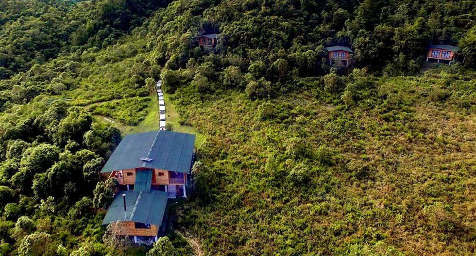 Ecolodge Ulcumano, Oxapampa. Cuenta con seis cabañas para 19 huéspedes en total, quienes al final de su estadía pueden plantar y adoptar un árbol.
