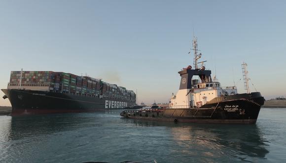 Fotografía del canal de Suez tomada el 29 de este mes. EFE