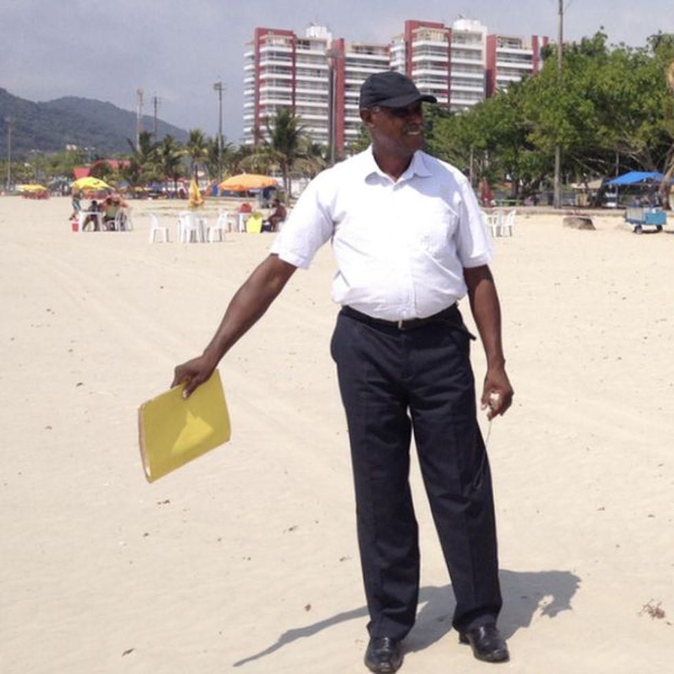 Espedito Dias Romão descubriò despuès de seis años que el hombre que se ahogó en una playa en la que trabajaba era Josef Mengele. (BBC)