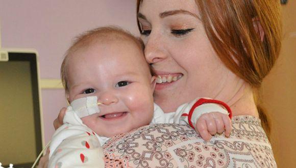 Se volvió viral el momento en que una bebé de cuatro meses 'celebra' el haber superado el cáncer. (Foto: UCSF Benioff Children's Hospital Oakland)