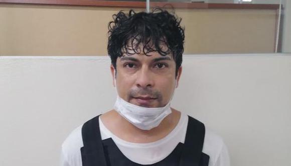 Gianfranco Torres Navarro tiene 34 años. Sobre él pesa una condena de 10 años de cárcel por tenencia ilegal de armas, además de una orden de prisión preventiva por 25 meses (Foto: Difusión).