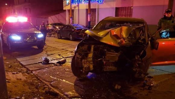 Al parecer un problema con los frenos habrían originado el accidente donde SO2 PNP Harold Villa perdió la vida. (Foto: Carlos Peña).