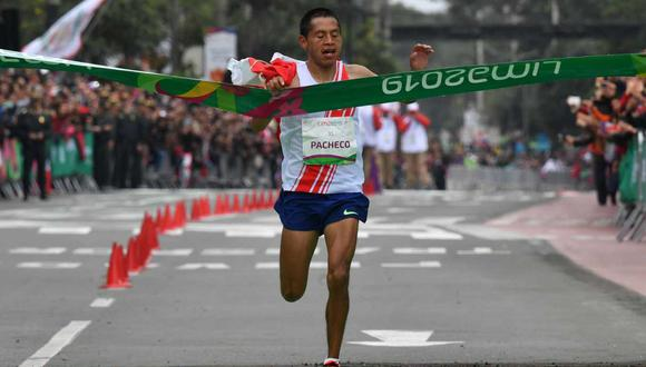 Peru´s Christian Pacheco crosses thefinish line to win the gold medal at the men's Marathon of the Pan-American Games Lima 2019 in Lima, Peru on July 27, 2019. The Pan-American Games run until August 11. / AFP / Luis Acosta