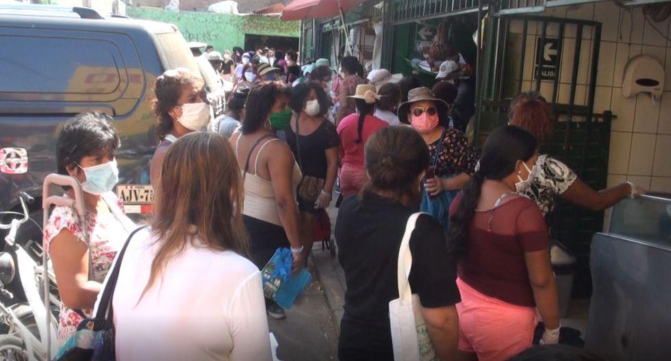 Ante su exhortación del personal de la comuna de Surco, los comerciantes normalizaron los costos. (Foto Municipalidad de Surco)