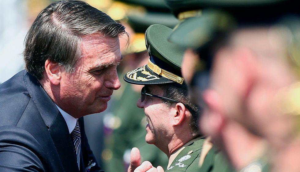 Jair Bolsonaro ordena que Fuerzas Armadas de Brasil intervengan en el incendio que afecta a la Amazonía. (Foto: AFP)