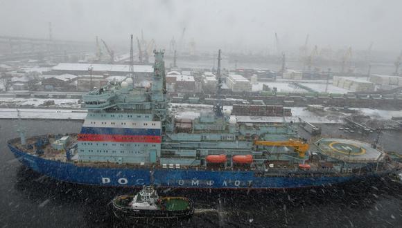 El rompehielos de propulsión nuclear Arktika Project 2020 regresa a San Petersburgo el 14 de diciembre de 2019. tras su estancia en el Ártico. (Foto referencial, OLGA MALTSEVA / AFP).