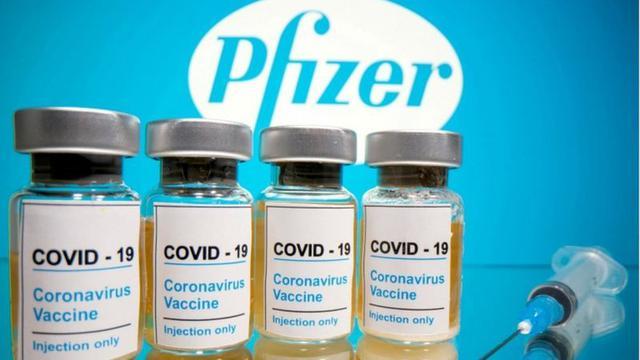 Pfizer es una de las compañías señaladas por la exigencia de confidencialidad en los contratos. (Foto: Reuters)