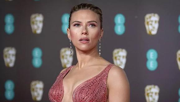 Scarlett Johansson, protagonista de 'Black Widow', demandó a Disney por estrenar la película de superhéroes de Marvel a través de su plataforma de streaming al mismo tiempo que en los cines. (Foto: AP)