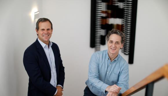 El Comercio y Santander Consumer han escalado su colaboración a  una alianza en la cual cada uno tiene una participación accionaria. En la foto, Mariano Nejamkis y Juan Pedro Oechsle (Foto: El Comercio)