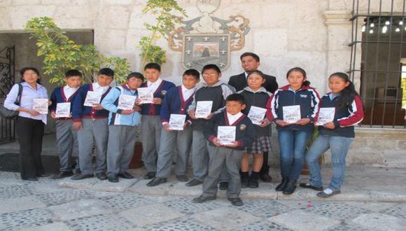 Arequipa: escolares publican libro de tradiciones de su pueblo