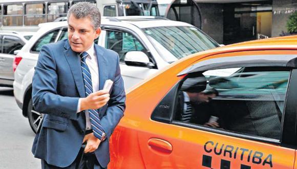 """El fiscal superior Rafael Vela sostuvo que tiene un """"balance muy positivo"""" respecto a la semana de interrogatorios en Curitiba. (Foto: EFE)"""