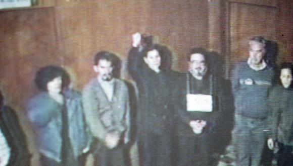 LIMA, 12 DE SETIEMBRE DE 1992REPRODUCCION DEL VIDEO DE LA CAPTURA DE ABIMAEL GUZMAN, CABECILLA DEL GRUPO TERRORISTA SENDERO LUMINOSO.FOTO: EL COMERCIO