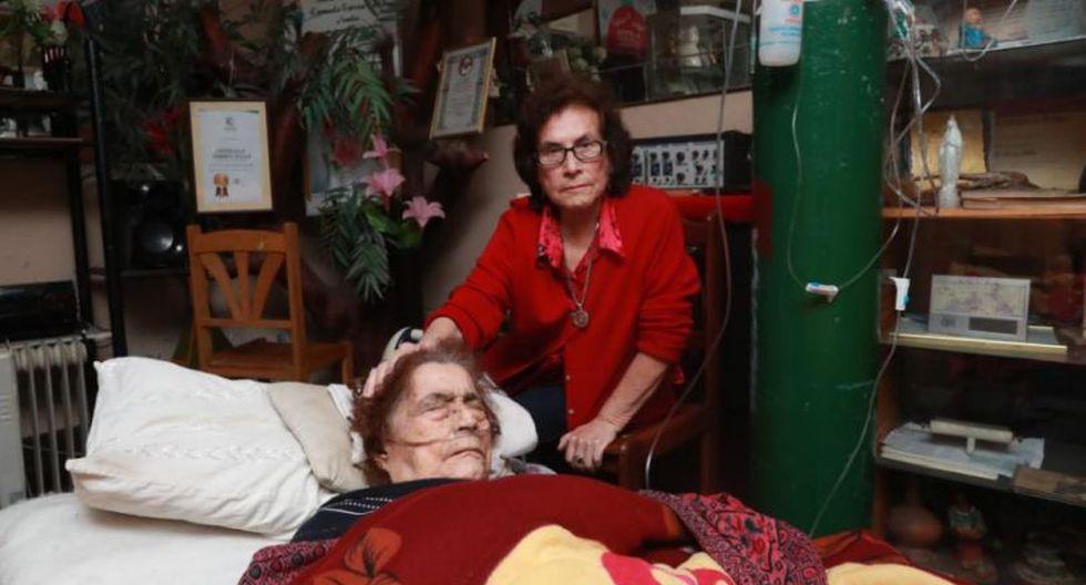 Consuelo Torres, de 99 años, padece una grave infección y requería hospitalización desde el 6 de junio último. (Lino Chipana/El Comercio)