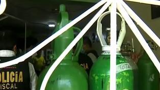 Casa es intervenida por ofrecer recargas de balones de oxígeno sin licencia