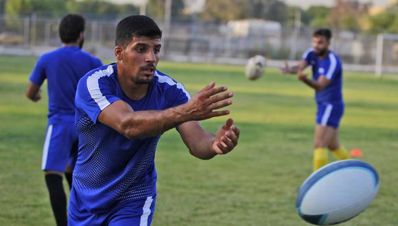 """""""Me enamoré de este deporte (...) Dejé mi trabajo por el rugby"""" ,  asegura Mohamed Abbas, joven jugador de 20 años. (AFP)"""
