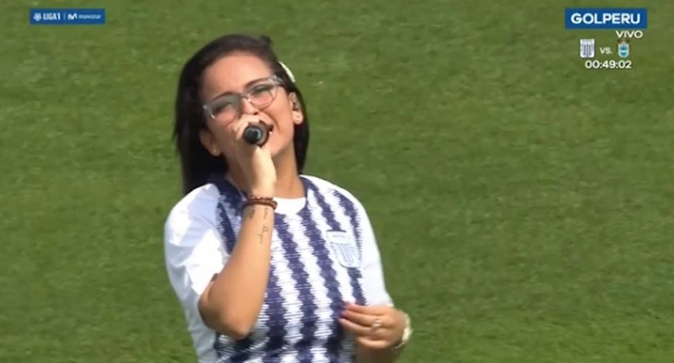 Cantantes, periodistas y actores han manifestado, en más de una oportunidad, su cariño por el cuadro de Alianza Lima.  (Fotos: GEC | Instagram)