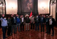 Puno: Comuneros de Corani abogan por proyectos de plata y litio ante el presidente Pedro Castillo