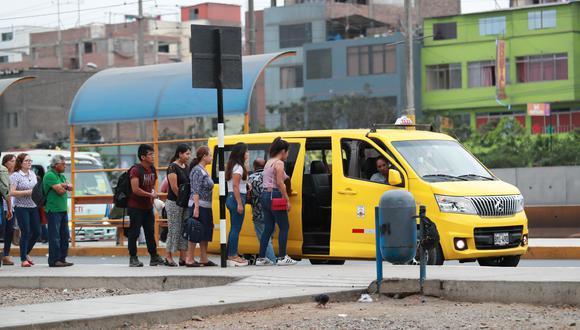 Congreso busca aprobar por insistencia la formalización de taxis colectivos. (Foto: Lino Chipana/GEC)