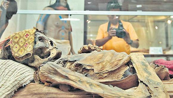 Peligra conservación de momia tatuada de Huacho y de 4.000 piezas preíncas
