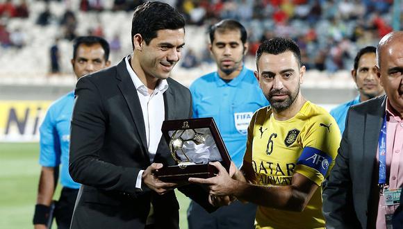 Xavi Hernández se despidió del fútbol profesional jugando en Al Sadd, al que ahora dirigirá. (Foto: EFE)