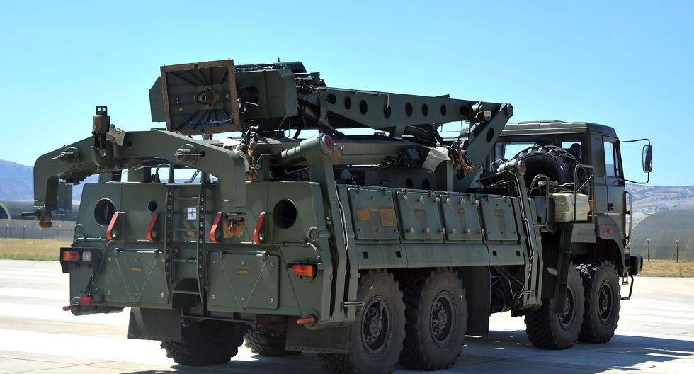 La OTAN, de la que Turquía es miembro, ha advertido de que los misiles antiaéreos rusos son incompatibles con el sistema de defensa de la Alianza. (AFP).