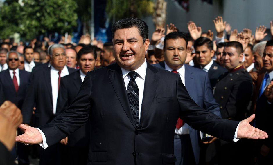 Naasón Joaquín García: Líder de la iglesia La Luz del Mundo decía que era un apóstol de Dios que no puede ser juzgado. (AFP).
