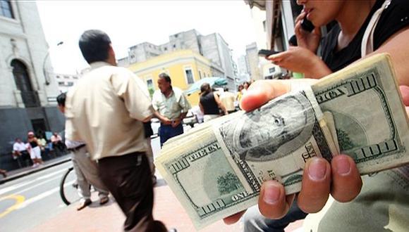 Dólar se fortalece y cierra en S/.2,917 ante anuncios de la FED