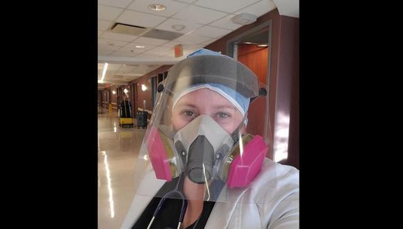Doctora Brytney Cobia con un equipo de protección para la atención de pacientes con COVID-19 en Alabama, Estados Unidos. (Foto: Facebook | Brytney Cobia )